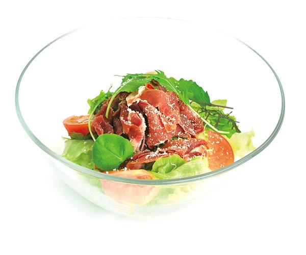 生ハムとフレッシュトマトのサラダ
